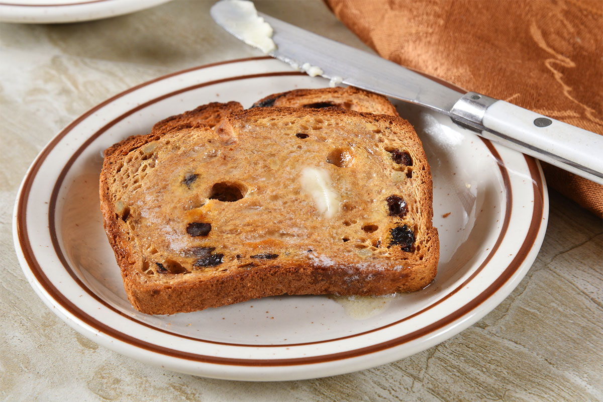 Raisin Cinnamon Walnut Bread